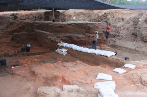 1-excavationsi.jpg