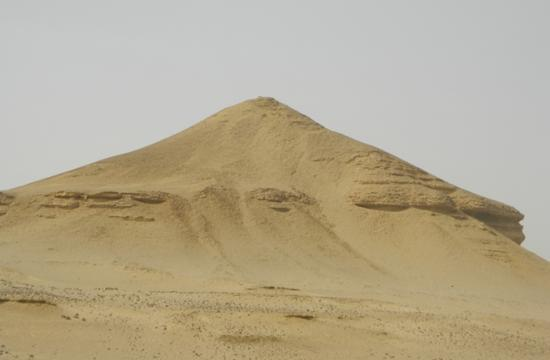10-larger-mound-long-lost-pyramids-found-130715-670x440.jpg
