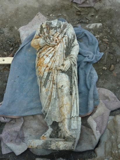 13-statue-b-120917.jpg