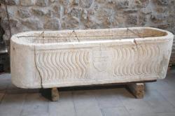1364313712914-sarcofago.jpg
