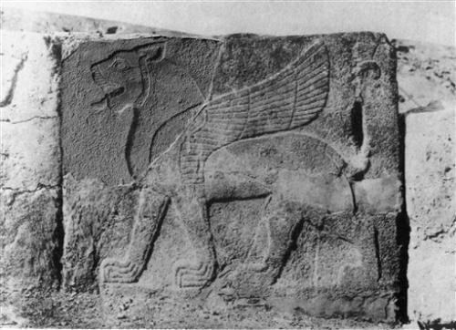 15-archaeologis.jpg