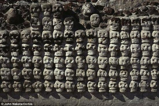 23aa756f00000578 2857363 the skull is a common motif in aztec art a temple wall is pictur 9 1417521018804