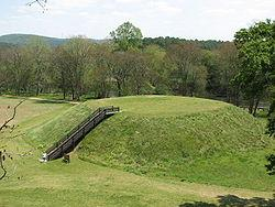 250px-usa-georgia-etowah-indian-mounds-mound-b.jpg
