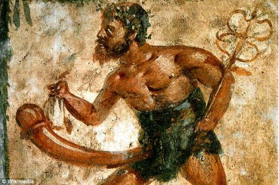 29bf886e00000578 3130219 a separate fresco of priapus found in pompeii this image shows h a 1 1434723176479