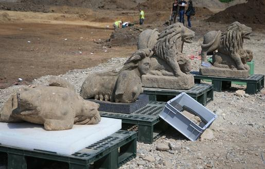 515x330 strasbourg le 11 juin 2015 archeologiques route des romains a koenigshoffen lions et sphinges 3