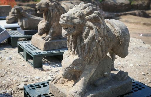 515x330 strasbourg le 11 juin 2015 archeologiques route des romains a koenigshoffen lions et sphinges