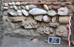 648x415 deux chapiteaux romans xiie siecle retrouves lors fouilles place saint sernin toulouse 630x0