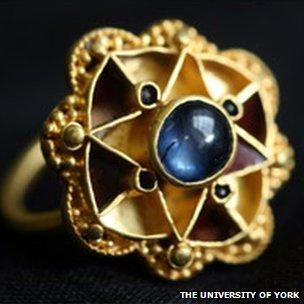 65486524-sapphire-ring.jpg