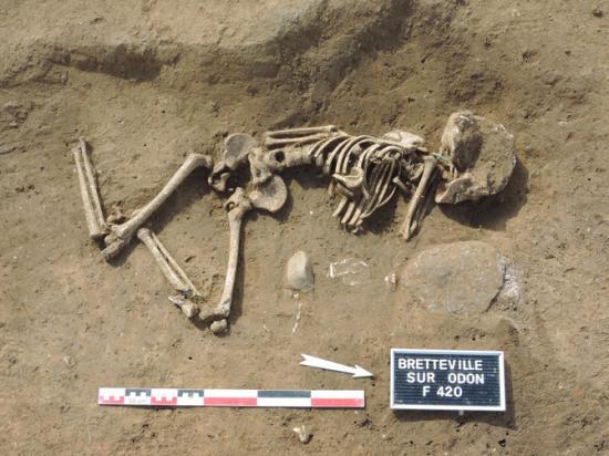 670x510 10131 vignette inhumation bretteville sur odon cl a mahe