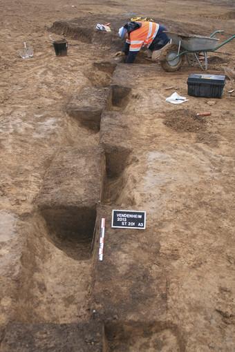 670x510-6947-vignette-fouille-en-quiconce-de-l-enceinte-neolithique.jpg