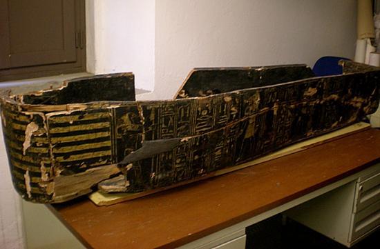 7 brother mummy sarcophagus