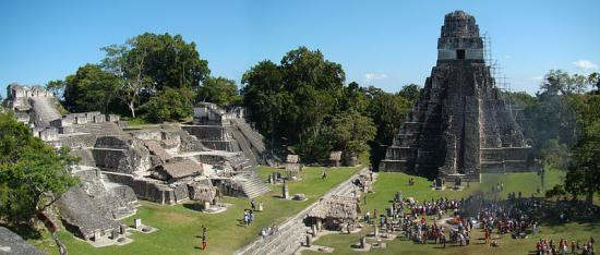 800px-tikal-plaza-and-north-acropolis.jpg