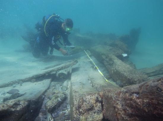 akkoshipwreck1.jpg