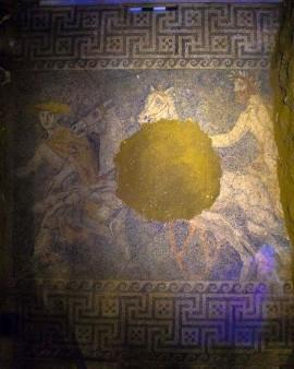 Amphipolis 12 10 1 en 270x338
