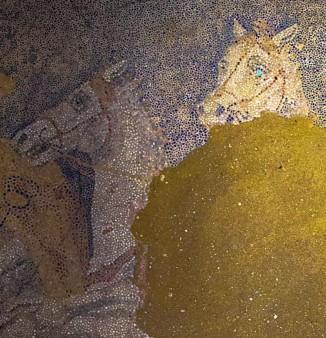 Amphipolis 12 10 3 en 326x338
