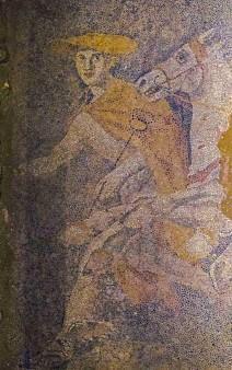 Amphipolis 12 10 5 en 212x338