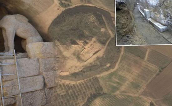 Amphipolis2
