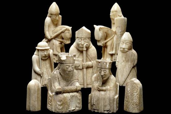 An38839418lewis chessmen 11