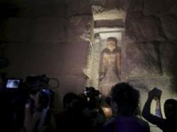 Ancient tomb open to public in pyramids plateau