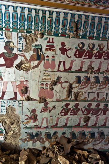 Arce discover satmut tomb in qurna by luxor times 7