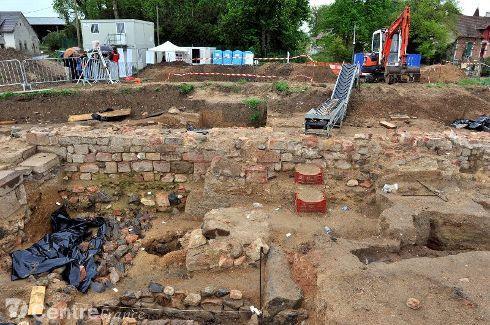 bc-fouilles-archeologiques-du-site-de-givrette-visite-commen-683078.jpeg