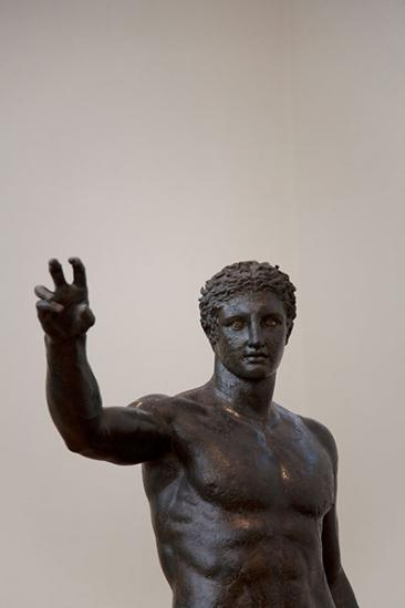 bronze-statue-of-a-youth-013.jpg