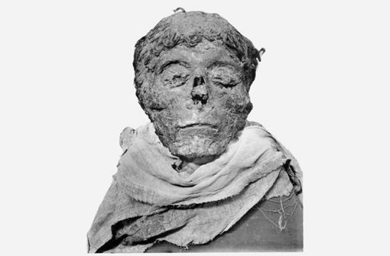 Dnews files 2015 05 2 mummies ahmose jpg