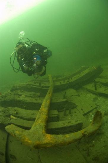 elizabethan-shipwreck-2.jpg
