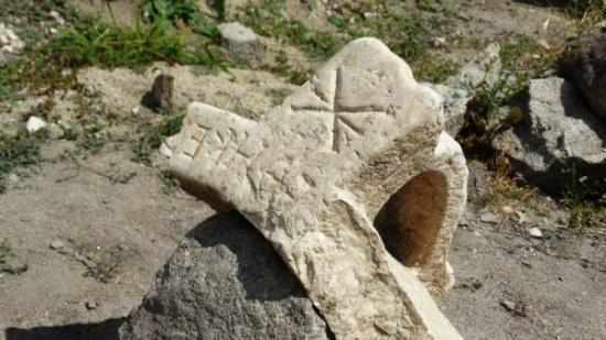 Episcopal basilica plovdiv 4 600x338