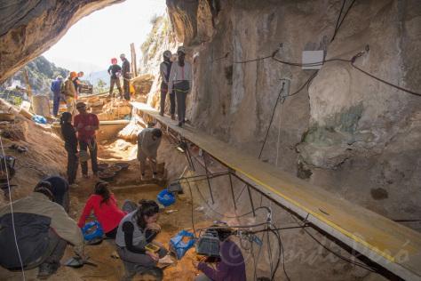 Excavacio cova llenes abril15p6
