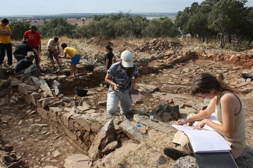 Excavacion castillon y mates 004