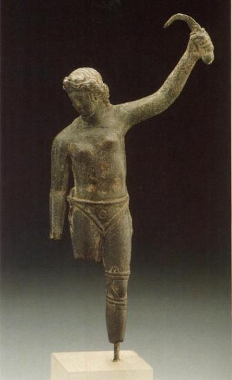 female-gladiator-statue.jpg