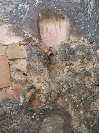 flush-pipe-latrine-130110.jpg