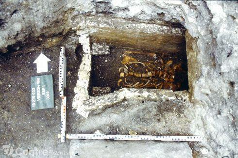 Fouilles de l abbaye saint pierre 1607585