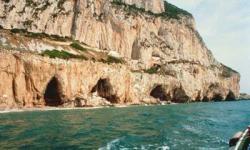 gibraltar-caves-01.jpg