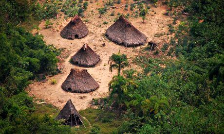 Huts of indigenous people 011