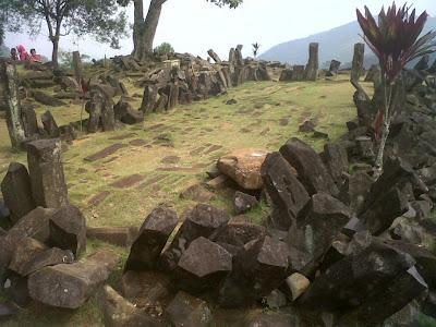 indonesia-pyramid.jpg