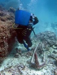 indonesia-shipwrecks-04.jpg