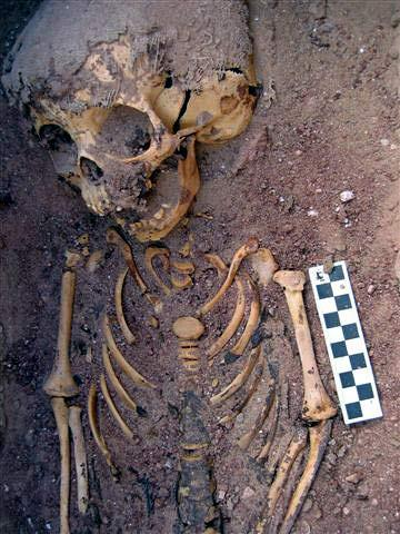 kellis-cemetery-toddler-5.jpg
