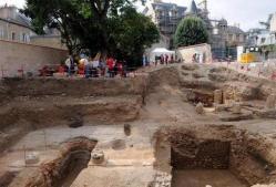 les-fouilles-du-puygarreau-attirent-les-poitevins-image-article-large.jpg