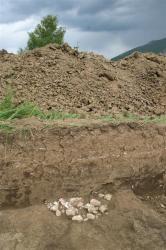 lors-de-fouilles-preventives-des-vestiges-datant-d-il-y-a-5000-ans-ont-ete-decouverts-sur-ce-site.jpg