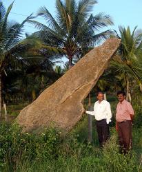 menhir-221111-1.jpg