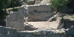 Minerve quartier lo mur les batiments a et b derriere 1066439 667x333