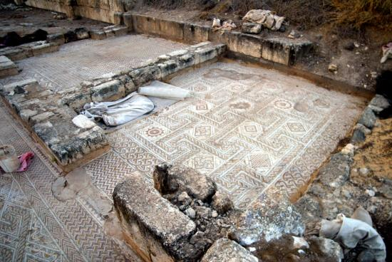 Mosaic side room1