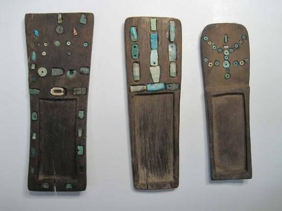 mummies-snuffing-tray.jpg