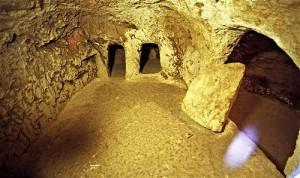 nazareth-tombs-300x178.jpg
