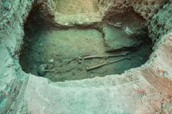 Parthian era skeleton unearthed in isfahan 1