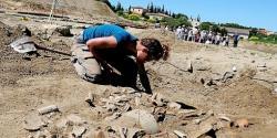 pendant-trois-mois-le-chantier-appartient-aux-archeologues-602958-510x255.jpg
