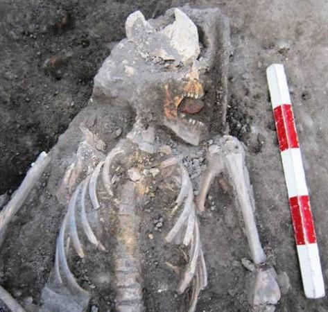 Plovdiv archaeology vampire 1a 473x450