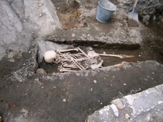 Plovdiv archaeology vampire 2 600x450